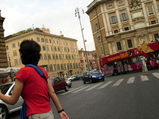 Tráfico en Roma